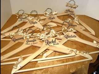Wooden hanger as your gift item ideas