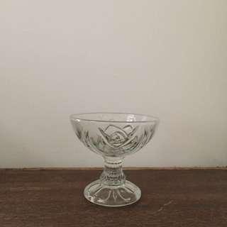 早期 玻璃 花紋 器皿