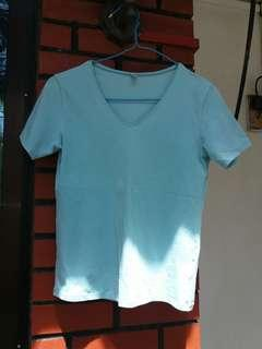 Uniqlo Light Blue V collared Shirt