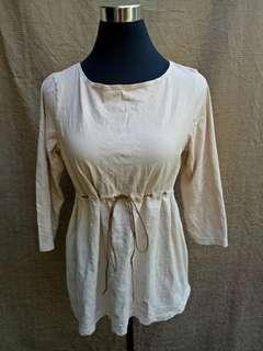 Old navy maternity blouse