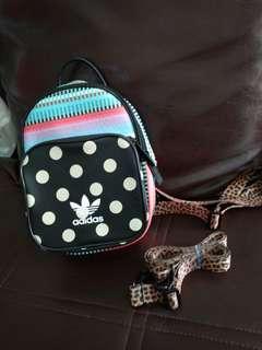 Adidas mini bagpack ori Singapura like a new