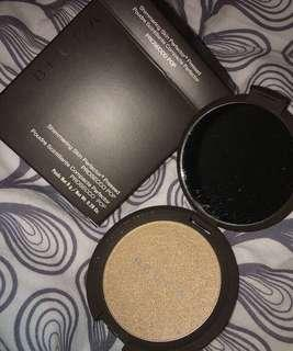 BECCA HIGHLIGHTER IN PROSECCO POP