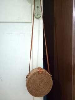 FREE ONGKIR tas rotan bali sling bag rattan bulat lingkaran dimeter 20 cm