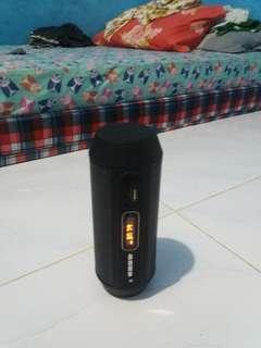 Radio, bluetooth, speaker mc card