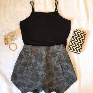 Bundle Shorts/Black Top