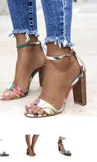 Billini floral heel print wooden shoe