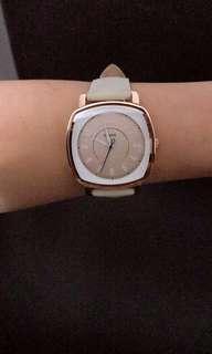 Fossil beige leather strap watch