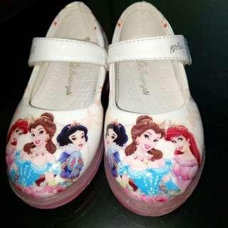 Toodle shoes