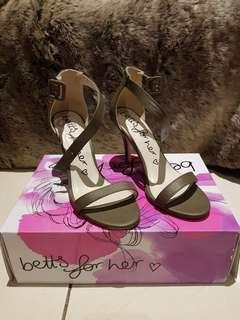 Betts Kylie Khaki Heels