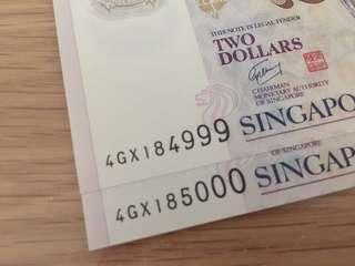 Brand new 2 pcs consecutive 2$ notes