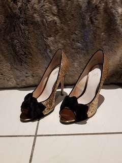 Wittner Gold Sequins Heels