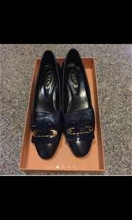 Almost New Authentic Tod's Gomma Leather Pumps