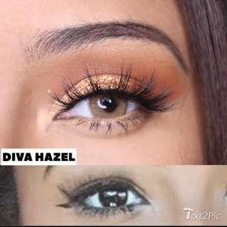 Huda Beauty Wake And Bake Powder!! Contact Lens