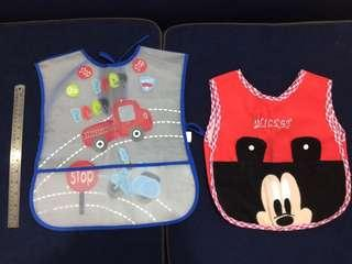 Oversized wipe-off feeding bibs/aprons