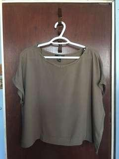 F21 Boxy Top Army Green