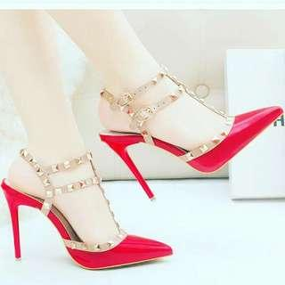 Women Diva studded closed toe heels shoes