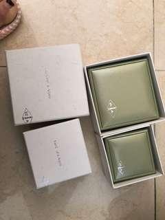 Van Cleef&arpels 盒 200一個 兩個300