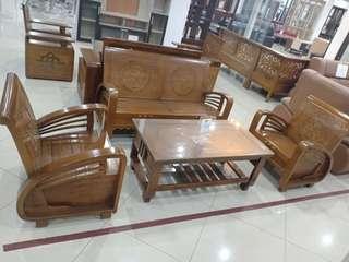 Meja Dan Bangku Jati UKM bisa di kredit
