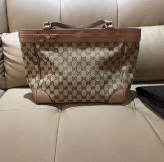 Authentic Gucci with receipt handbag