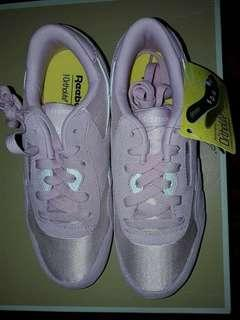 Brand new. Authentic Reebok Girls Sneakers