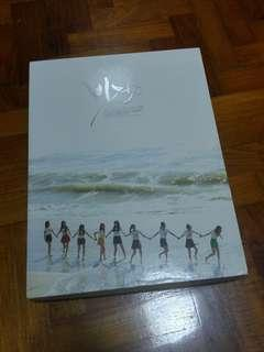 SNSD Girls Generation The First Photobook