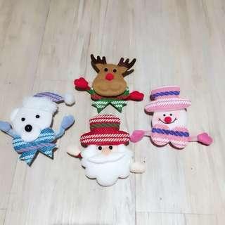 LED Christmas pins (Santa / Snowman / Reindeer / Polar Bear)