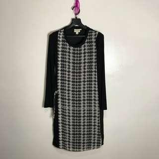 DKNY Dress (can fit upto semi medium)