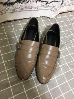 🚚 正韓 奶茶色尖頭平底鞋 24