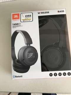 JBL wireless headphones T450BT