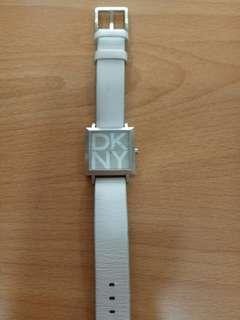 DKNY手錶