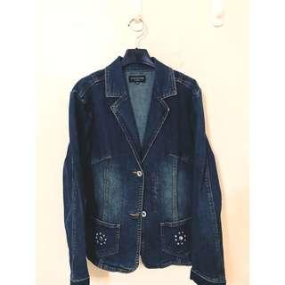 🚚 STOCKON 百貨公司 原價3990 牛仔外套 質感非常讚 版型超級修飾身材唷😘