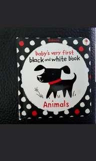 Black white red mobile, cot bumper and board books