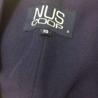NUS Graduation gown with Mortarboard