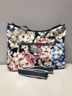 ⁉️FLASH SALE⁉️Cath Kidston Rhododendron Curved Bag