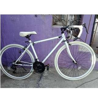 GRANDIR ROAD BIKE (FREE DELIVERY AND NEGOTIABLE!) not folding