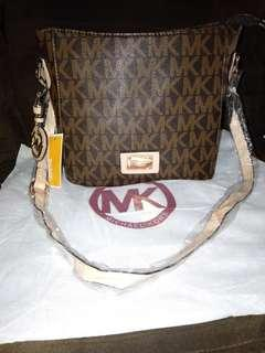 Mk Sling/body bag Sale