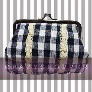出口貨尾 100%NEW深藍格仔零錢包或化妝袋  Black Plaid Coin Purse / Cosmetic Pouch