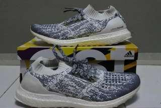 Ultraboost uncaged non dyed like New!