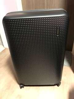 Samsonite Luggage 28inch Original Price $600+