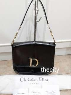 f0a0476cae9e VINTAGE DIOR SADDLE BAG , BLACK PATENT LEATHER SHOULDER BAG