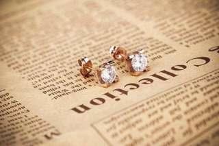 Cartier Stud earring