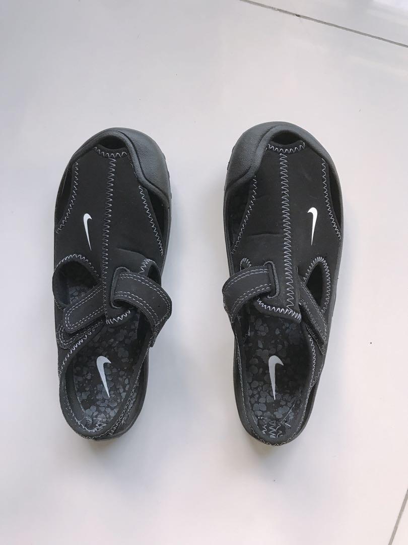 Boy's Nike Sandals, Men's Fashion
