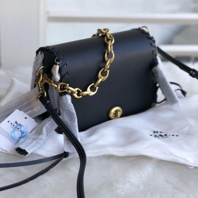 9fa81896 Coach Dinky 19 Crossbody bag with charms, Women's Fashion, Bags ...