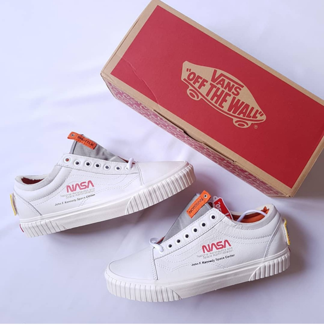 fca24cd5c2 Nasa x vans true white