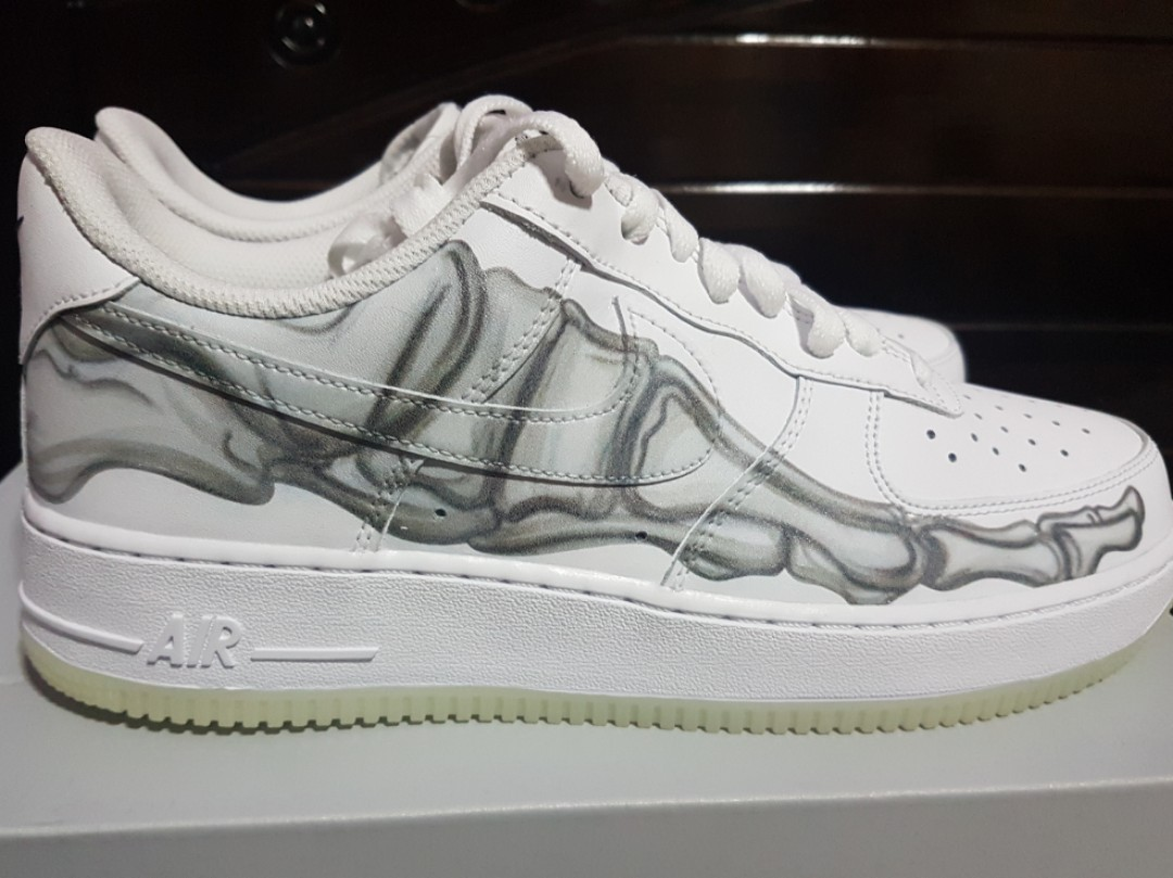 hot sale online 100ca a2932 Nike Air Force 1  07 Skeleton US 9, Men s Fashion, Footwear, Sneakers on  Carousell