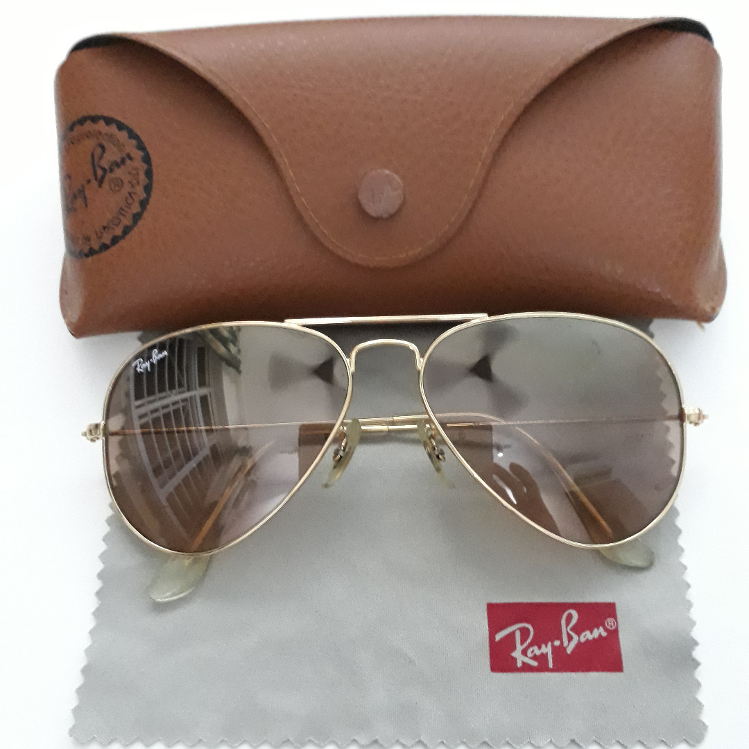 ed958f14f4 Ray-Ban Aviator sunglasses for sale! RB2