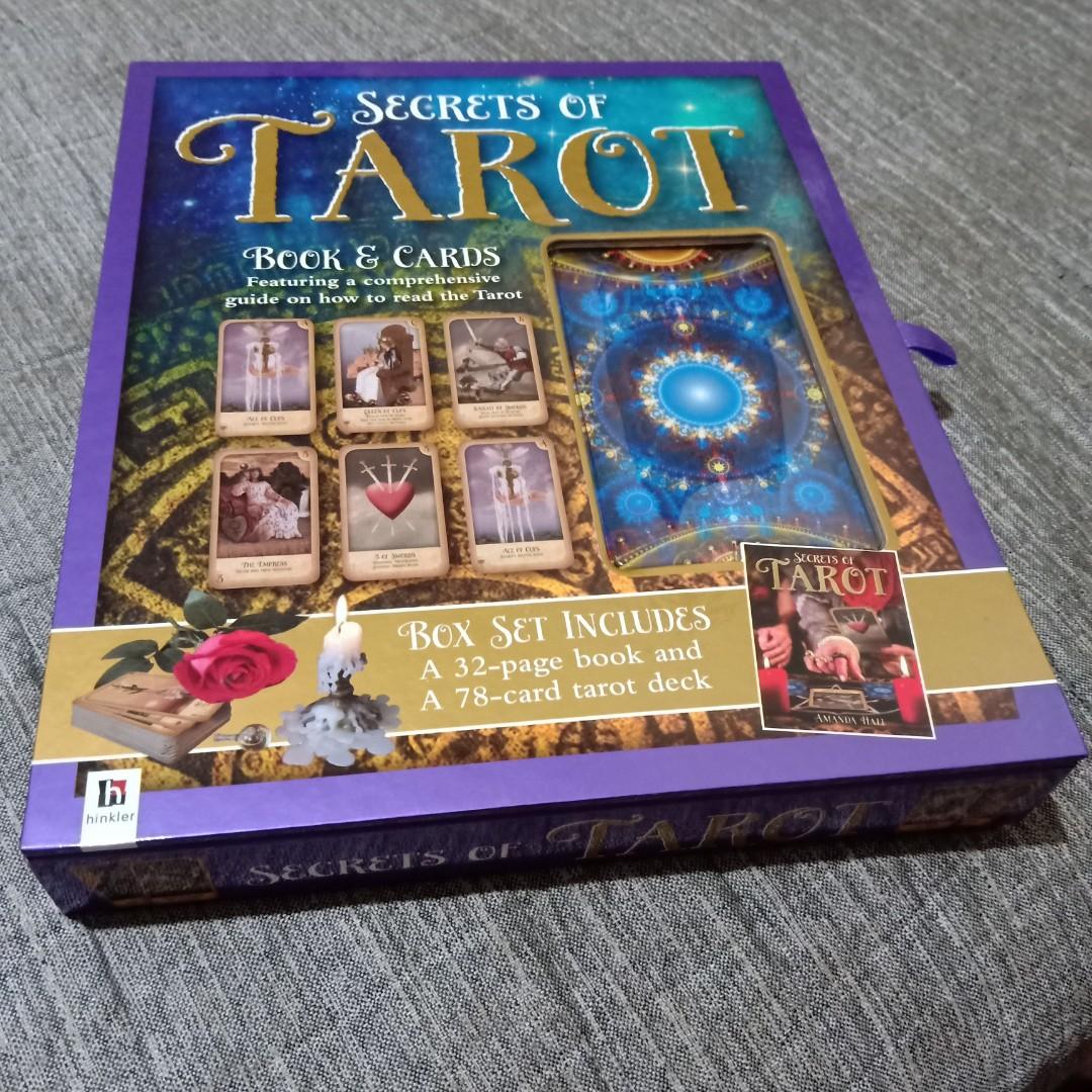 Tarot (Book and Cards)