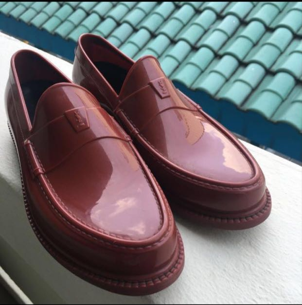 d9a3c58cce3 YSL rubber loafers maroon size 41