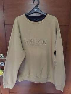 Sweater London coklat muda