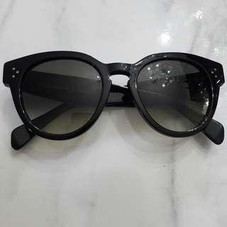 Celine Sunglasses Preppy in Black